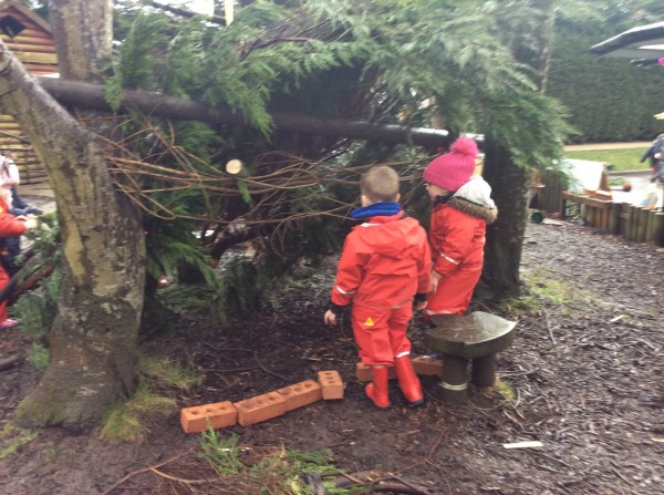 making dens